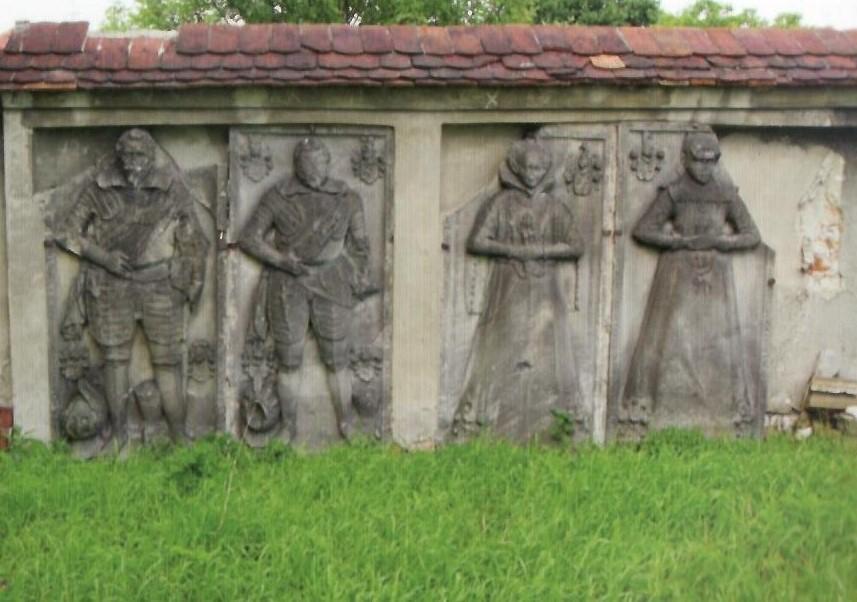 Lapidarium einer Grabskulptur in Freystadt.