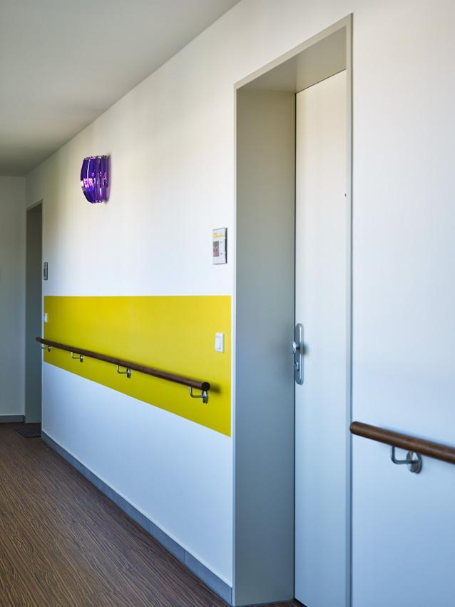 L-ELS_NB_Treppenhaus_Farbbsp2