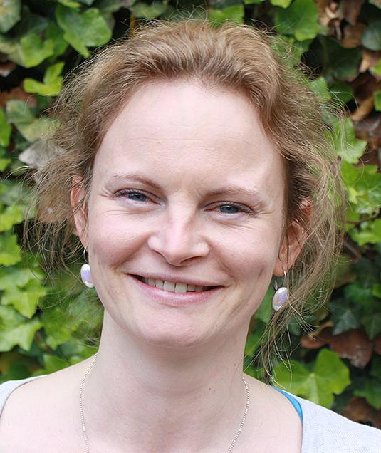 Lena Dost