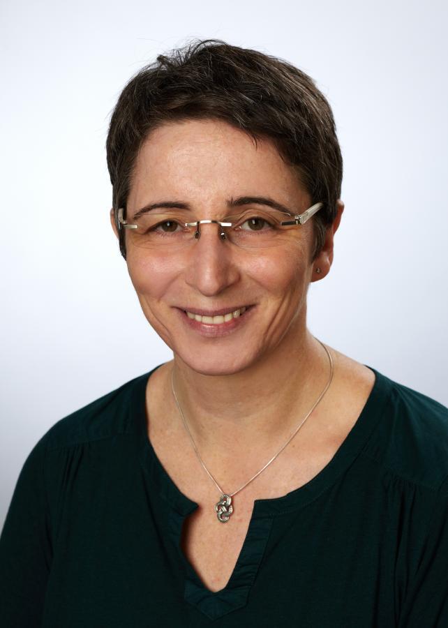 Anja Leuwer