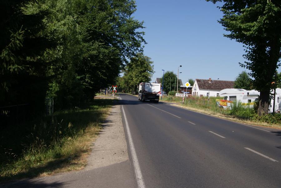 Bald Abhilfe in Sicht: An der B 273 zwischen Wensickendorf und Wandlitz soll ab 2018 ein Fahrradweg entstehen.