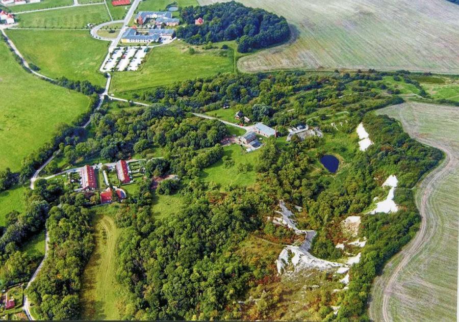 Luftaufnahme Kreidemuseum ud Kreidebruch Gummanz u. Jasmunder Resort