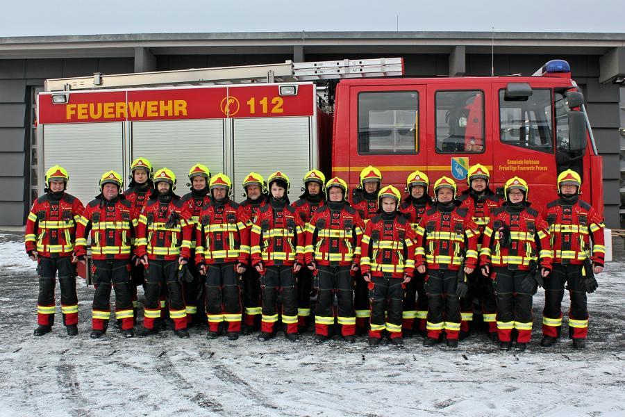 Der Löschzug Prieros bei der Ausgabe der neuen DEVA Einsatzbekleidung am 07.01.2017