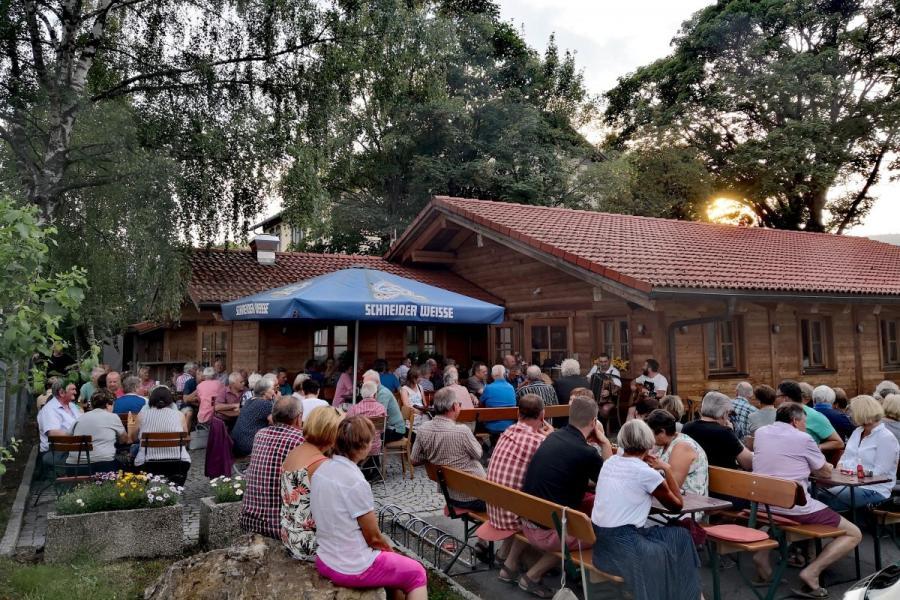 Sommerkonzert 2018- Manda in der Schmugglerhütte