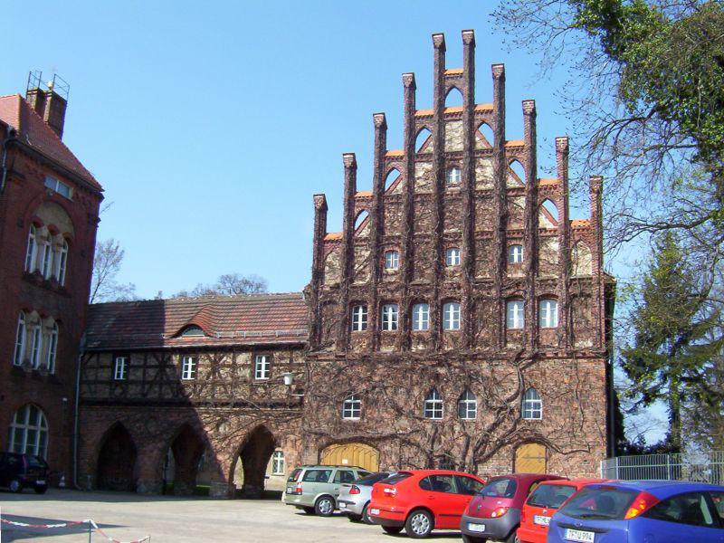 Marienkloster (Liebfrauen)