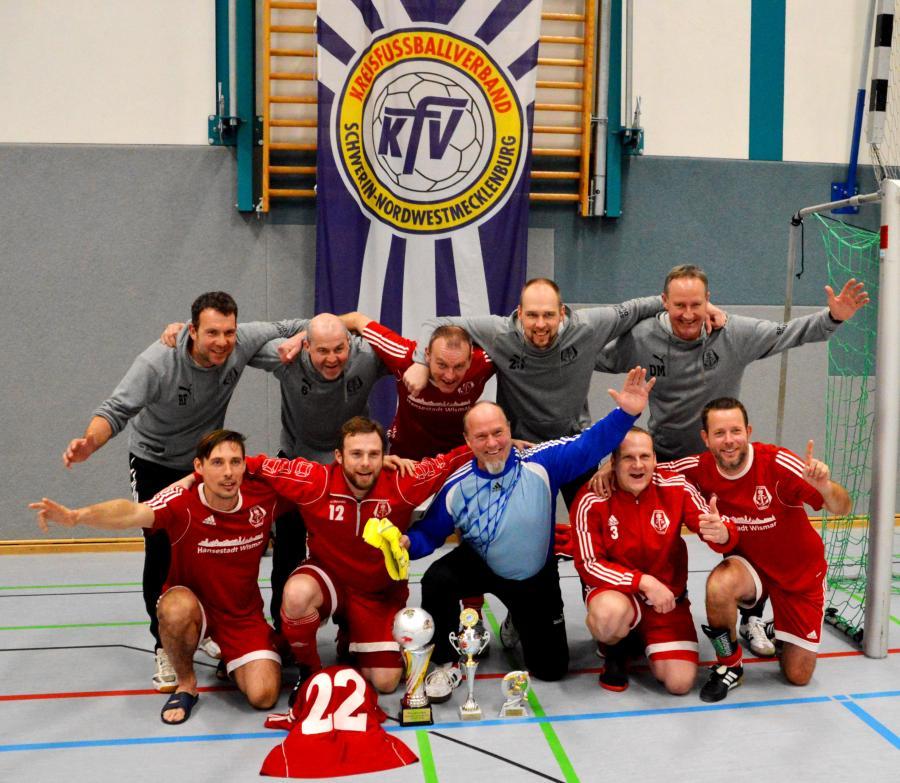 Siegerteam des FC Anker Wismar