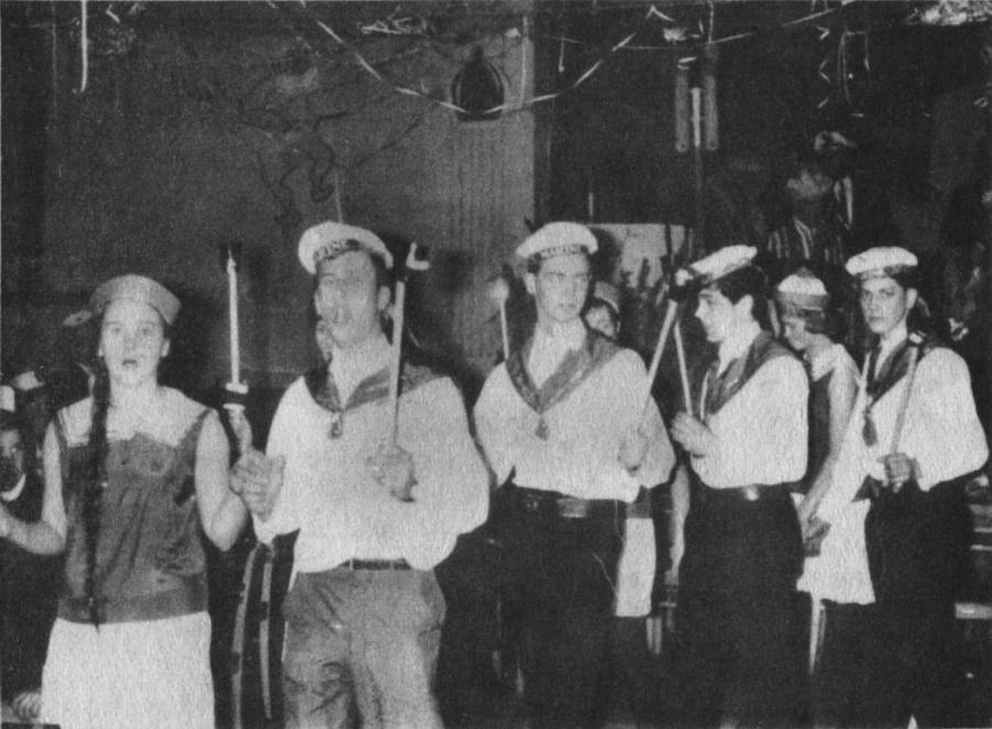 Die Prinzengarde hatte sich als Marine kostümiert