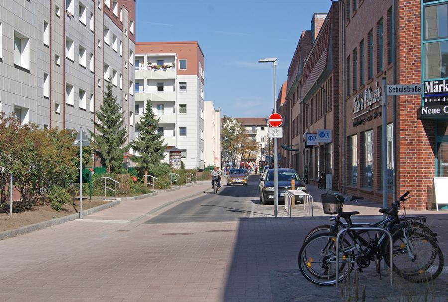 Radverkehr in der erneuerten Mittelstraße – in die eine ...