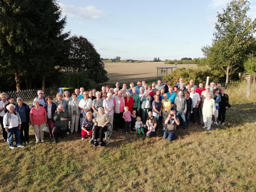 Am 1. September 2018 feiern die aktuellen und viele der ehemaligen Bewohner von Moor den 280. Geburtstag des Ortes