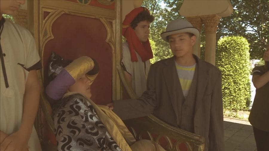 Inspektor Poirot untersucht den Fall