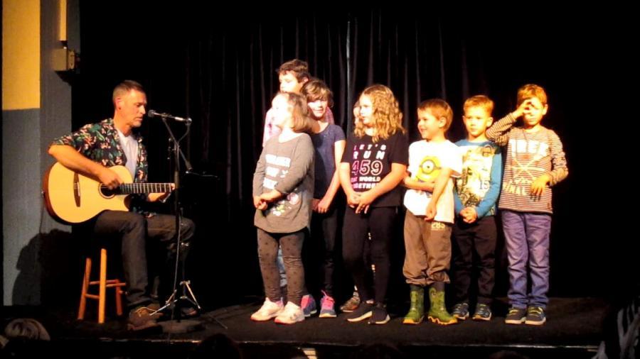 Kleine Dichter und Sänger