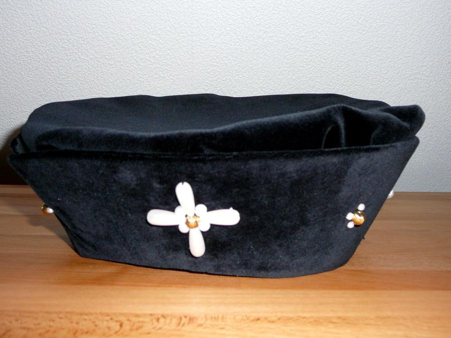 Myllan Hat Renaissance Hut