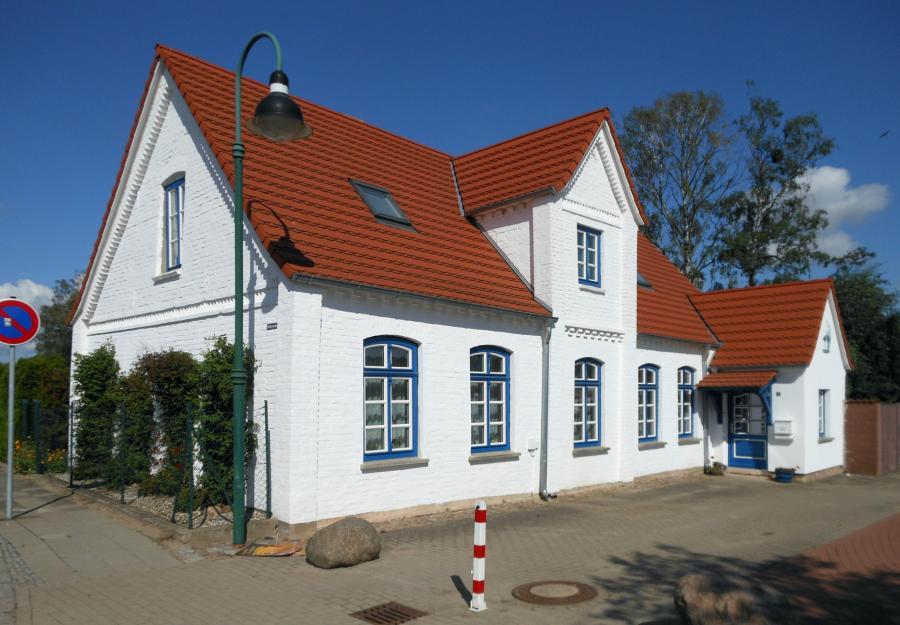 Das frühere Haus des Hafenmeisters wurde vom Ehepaar Beulke liebevoll saniert