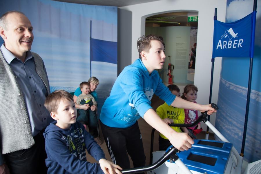NaturparkWelten- Skisimulator im Skimuseum
