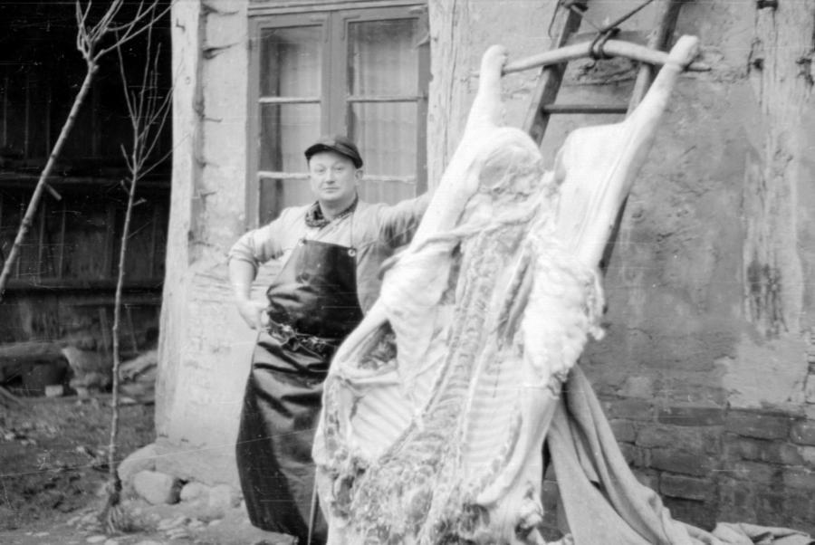 Hausschlachtung, um 1955