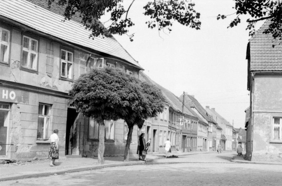 Blick in die Amtsstraße, um 1955