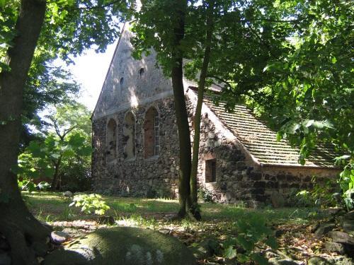 Ev. Feldsteinkirche in Preschen