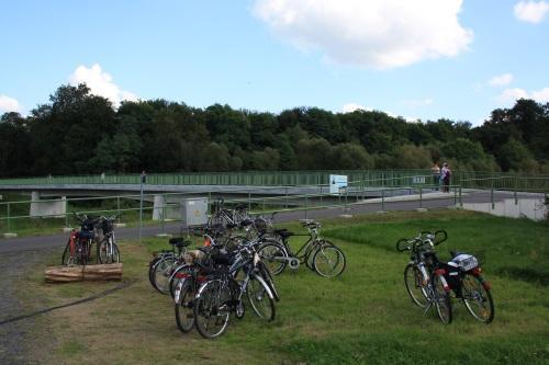 Neißetalbrücke in Zelz