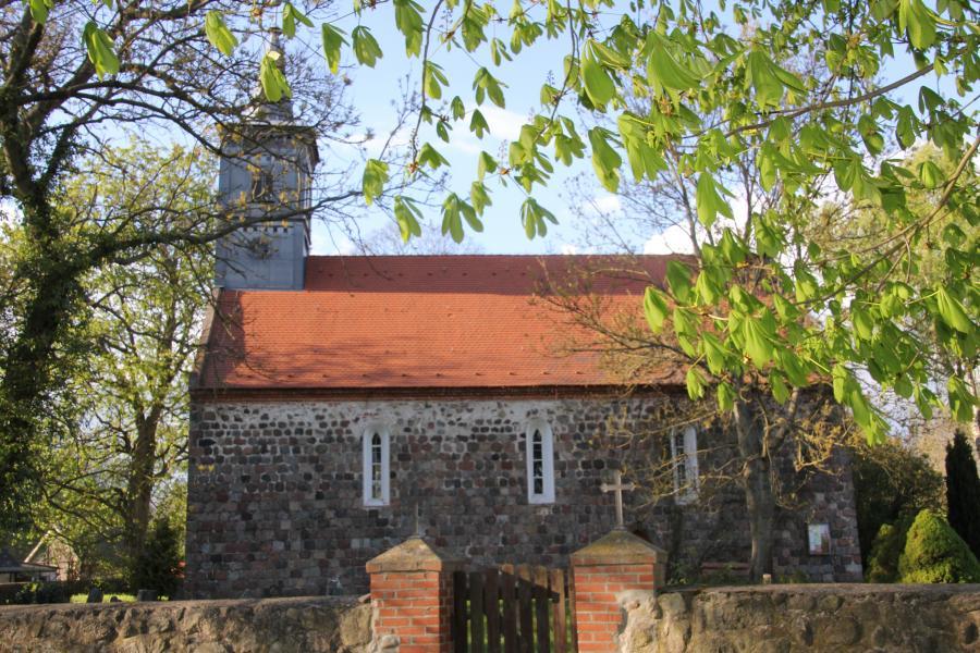 Neuenfelder Kirche