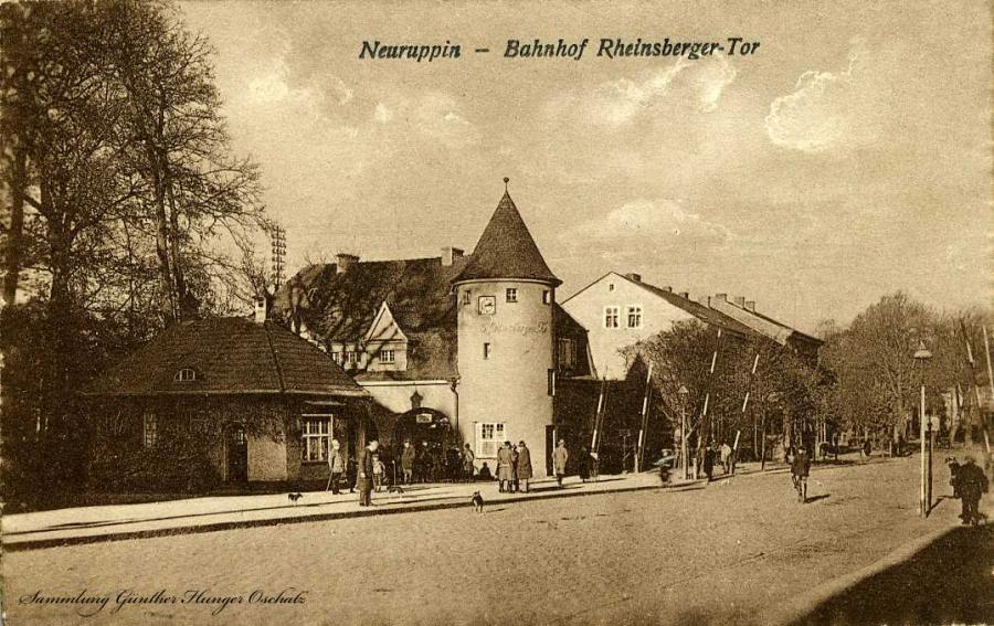 Neuruppin Bahnhof Rheinsberger- Tor
