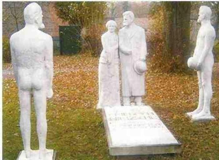 eine Nietzsche-Plastik der Nietzsche-Gedenkstätte Röcken