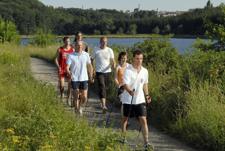 Nordic Walking- Foto: Bio-Seehotel Zeulenroda