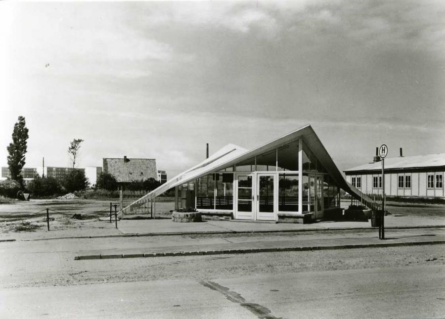 Ostseebad Dranske Bus-Wartehalle 1977