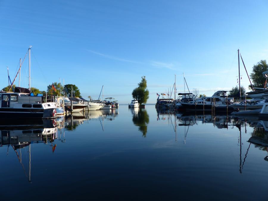 Hafen Marina und Segelschule 1