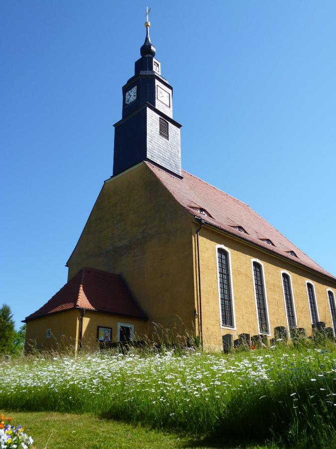 Kirche Planitz 2