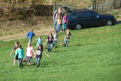 Der Gang aufs Feld