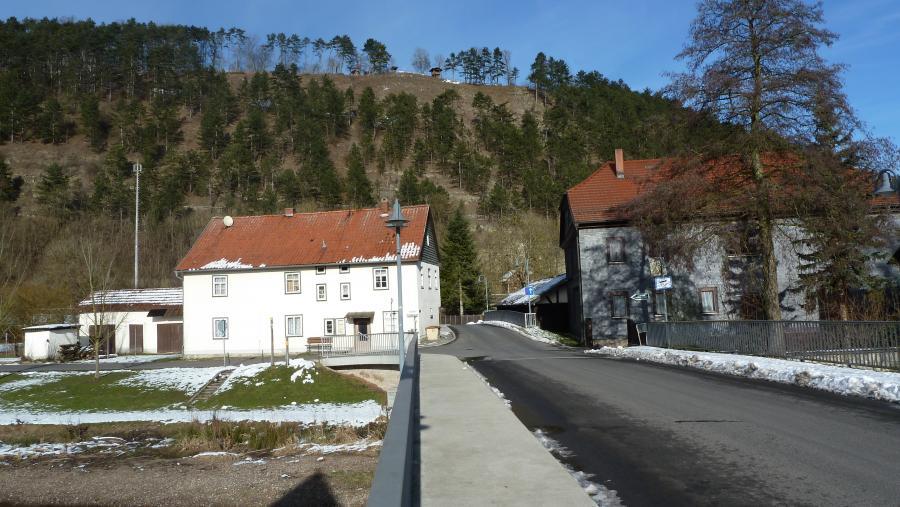 Blickvon der Werrabrücke zum Krayenberg