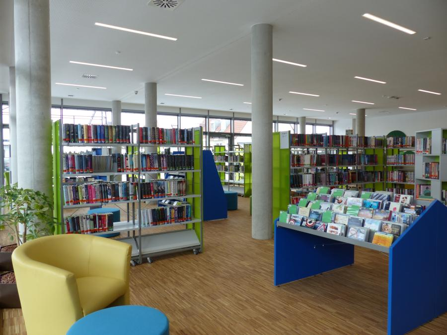 Bücherei Innenansicht 1