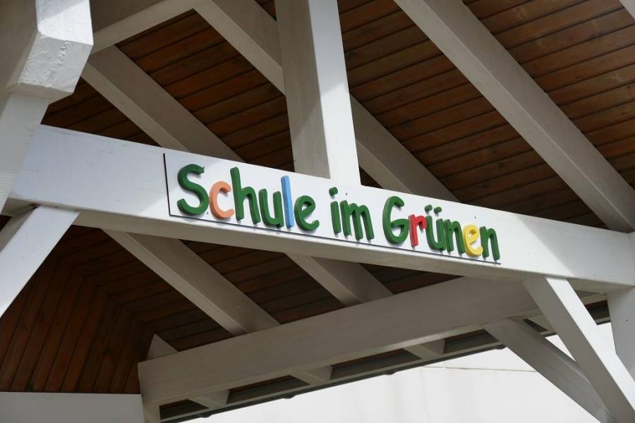 Die Schule im Grünen