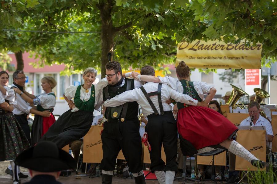 Tänze bei der festlichen Eröffnung 2017