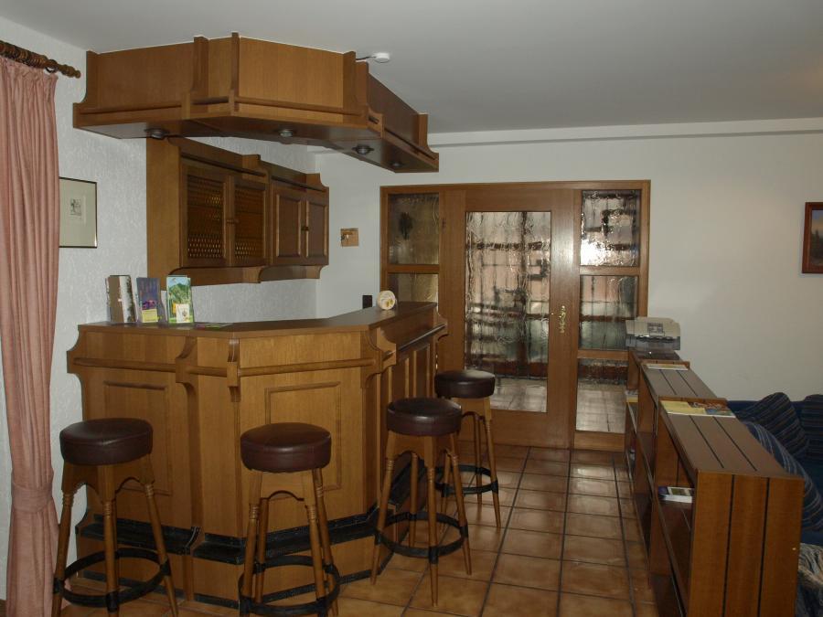 Wohnzimmer-Bar