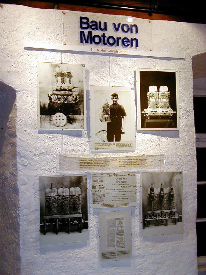 Schautafel Motorbau