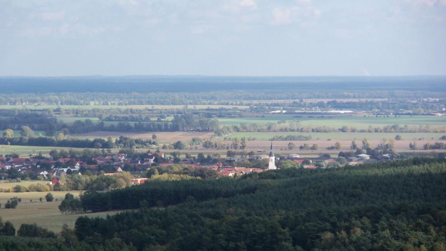 Blick vom Heideberg-Turm auf Hirschfeld