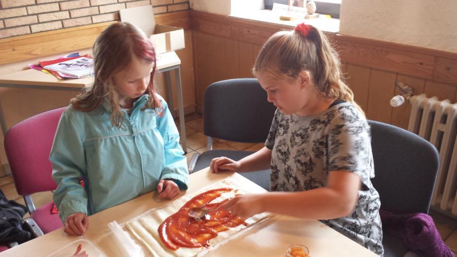Pizzen belegen 1