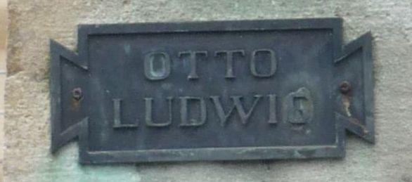 Bronzeplatte Otto-Ludwig-Denkmal