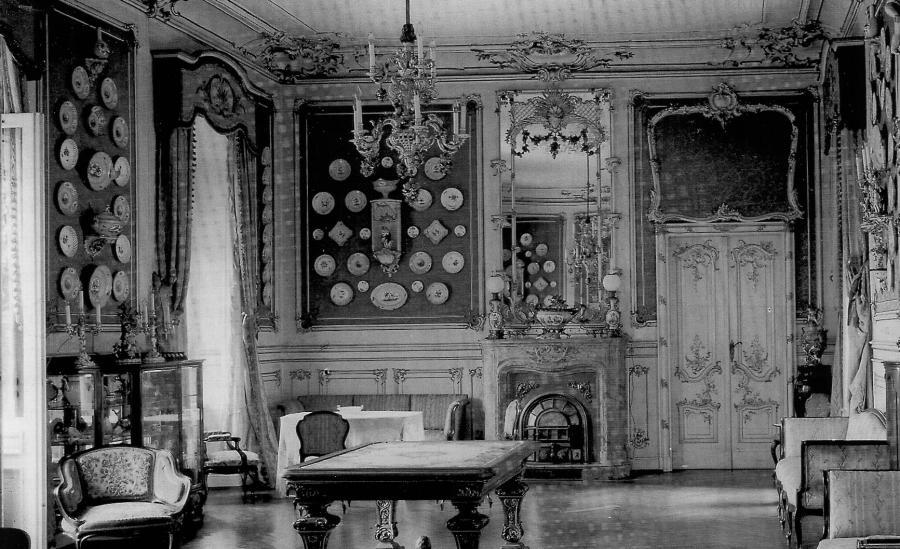 Rokokosaal mit Porzellansammlung