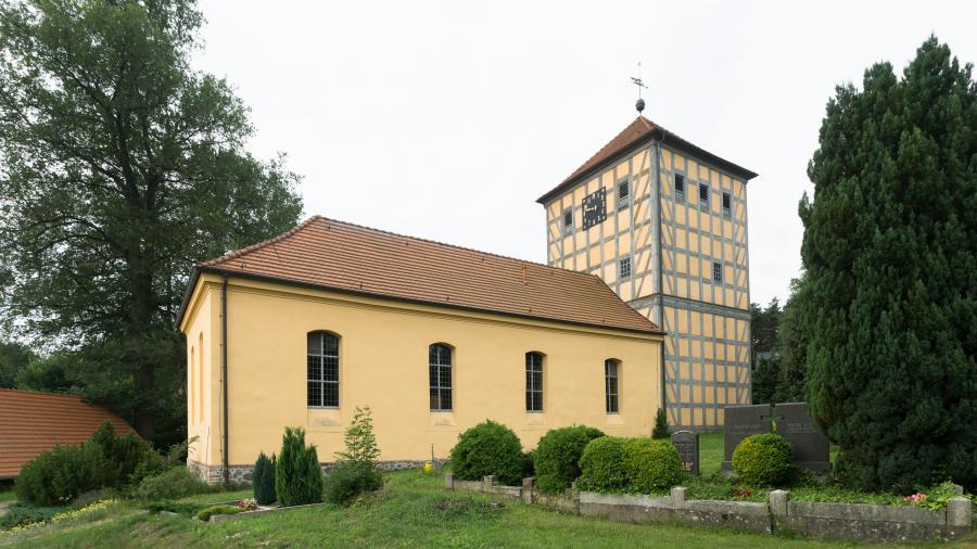 Prenden Kirche_Foto: L. Weigelt