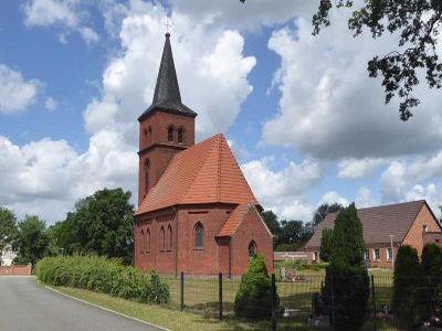 Dorfkirche Prietzen1