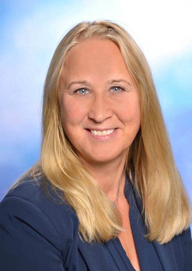 Rektorin Frau Simone Cramer