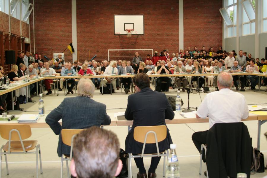 Ratssitzung Mehrzweckhalle