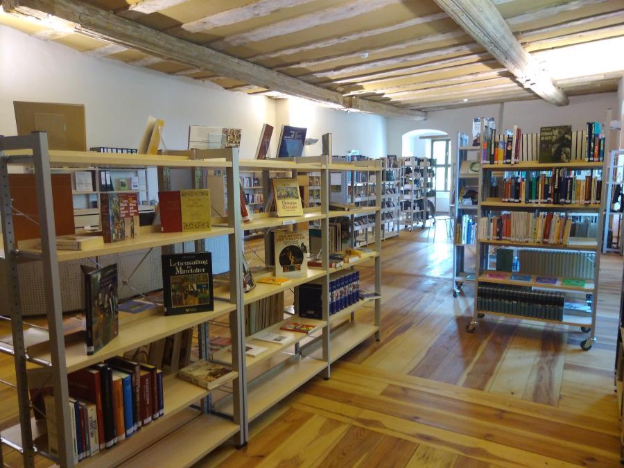 Der Bibliotheksraum