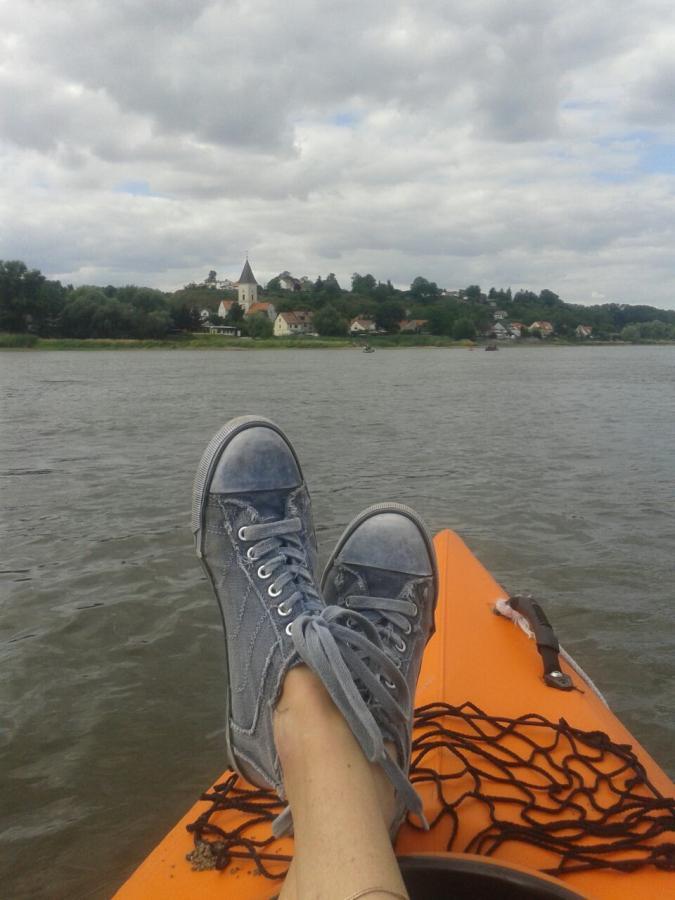 Entspannung auf der Oder mit Blick auf Lebus