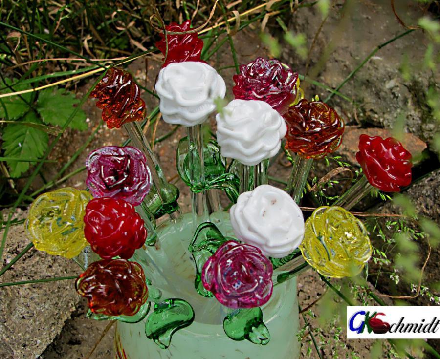Rosen Für das Zossener Rosenfest & dessen Hoheiten gefertigt