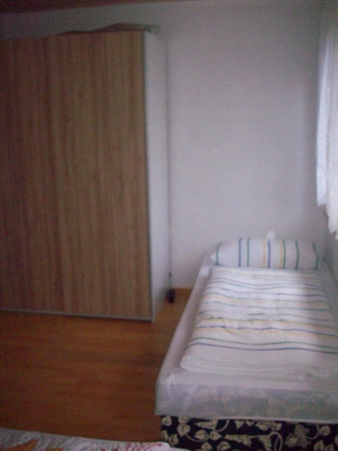 Schlafraum Einzelbett