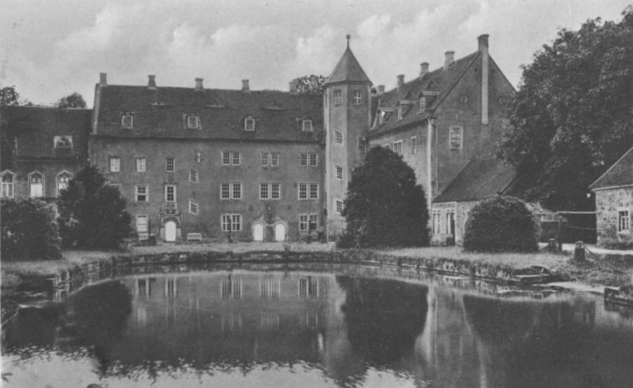 Schlossansicht vom Hof - alte Ansicht