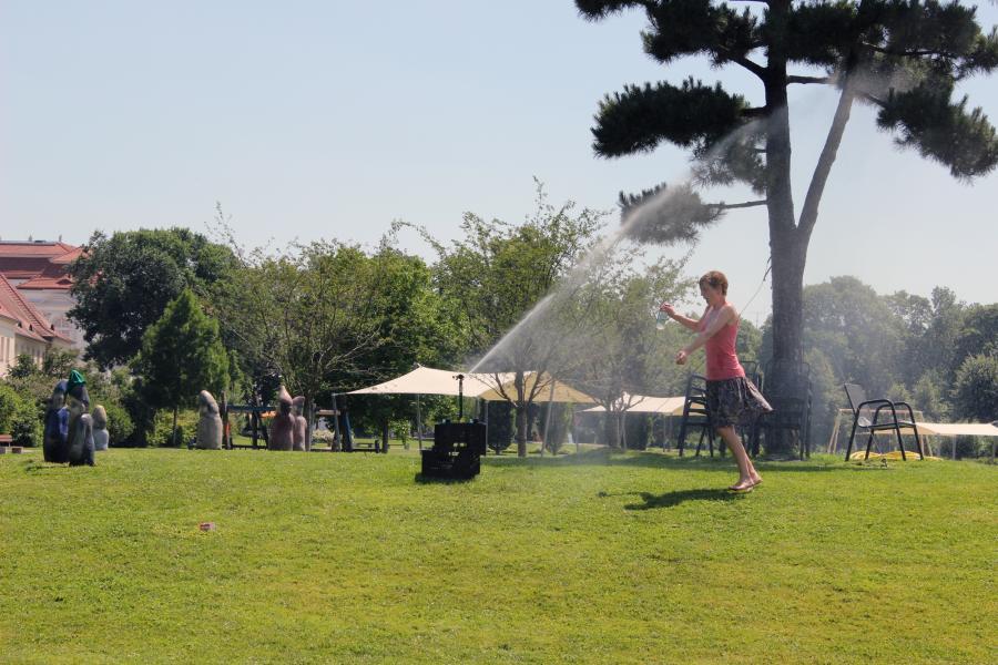 Wasserspaß im Schlosspark ...